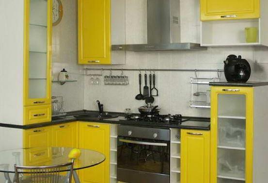 Небольшая кухня - как украсить?