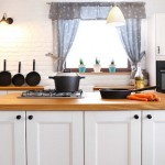 Какие шторы подойдут на кухню?